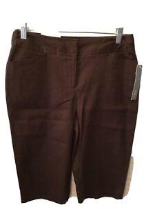 Apt 9 Womens Ava Pant Bermuda Shorts Size 4. Brown New 01-07