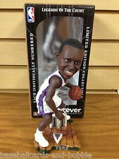TJ FORD Legends of the Court MILWAUKEE BUCKS Bobblehead LIMITED EDITION ~ WHITE