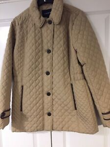 Ladies Lands' End Size S(12-14) Beige Quilted Jacket