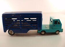 Camion remorque bétaillére horse truck tôle moteur à friction ancien 21 cm RARE