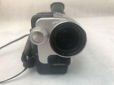 Sony CCD-TRV318 Video Digital Camera Handycam Vision HI8 Tape Case Night Shot