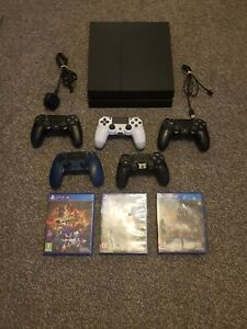 Sony PlayStation 4 console ( 1tb gb) bundle  With 5 controllers.