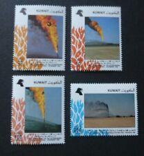 Kuwait 1992 Extinguishing Oil Wells Fires (MNH)