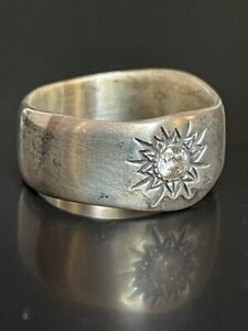 925 STERLING SILVER & COLORLASS BERYL BAND  RING SIZE 7