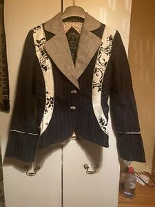 ST MARTINS FAB QUIRKY JACKET SIZE S NWOT