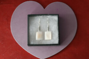 Beautiful Silver Earring With Mother Of Pearl & Crystal 5 Gr. 5 Cm.Long + Hoos