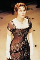 Kate Winslet As Rose Dewitt Bukater In Titanic 11x17 Mini Poster Gloves & Dress