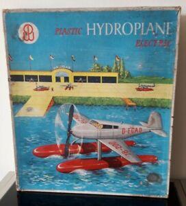 Hydroplane Ou Hydroglisseur Électrique Fabriqué En Allemagne De L'Ouest Vintage