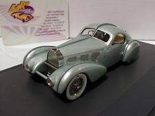 """Matrice 40205-051 # Bugatti Type 57 AEROLITHE anno di costruzione 1934 """"VERDE METALLIZZATO"""" 1:43"""