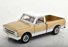 1:18 Ertl/Auto World Chevrolet C-10 Pick Up 1968 lightgold/white