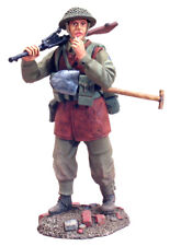 Britains World War 2 Allies 25004 Canadian 2Nd I.D. Regt. De Maisonneuve Mib