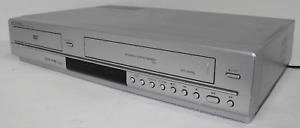Samsung DVD / VCR V6700S VIDEO TAPE PLAYER / RECORDER VHS COMBO