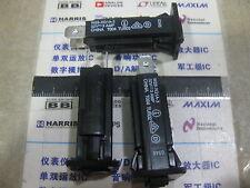 1X W28-XQ1A-3 Circuit Breakers 3A PUSH TO RESET W28-XQ1A