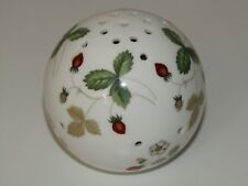 Wedgwood Made in England WILD STRAWBERRY Pattern bone china Pomander