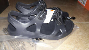 NEW Mens Crocs Swiftwater River Sandals Shoes, size 8