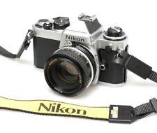 Argent Nikon FE 35 mm SLR Film Camera + Nikon AI 50 mm F1.8 Prime Lens