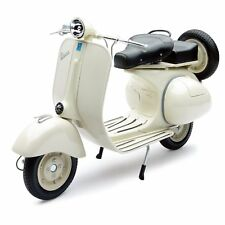 Vespa Piaggio 150 VL 1 T Scala 1:6 Model 49273 NEW RAY