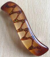 An Amber Zigzag Wave Design Barrette Hair Clip