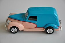 Liberty Classics Eastwood 1940 Ford Sedan Delivery 1:25 Bank