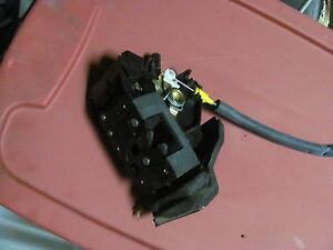 2004 2005 2006 JAGUAR XJ8 XJR SUPER V8 VANDEN PLAS LEFT DRIVER FRONT DOOR LOCK