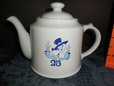 VINTAGE  BY WADE JIM BEAM WHITE COLOR TEAPOT 1995 25th RON DANNU  EUC