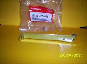 Honda CB 750 Four K Halter Batterie 31140-415-000