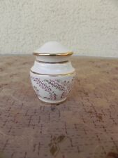 pilulier, boite a dent en forme de pot couvert porcelaine paris, pill box french