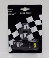 MINICHAMPS VALENTINO ROSSI 1/12 SET STARTBOX YAMAHA M1 MOTOGP + STAND SMALL NEW
