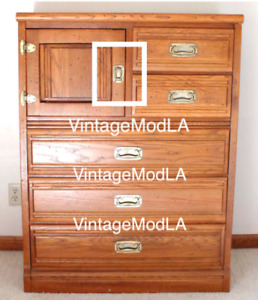 Young Hinkle Outrigger Collection Ice Box Dresser Door Brass Pull Highboy Handle