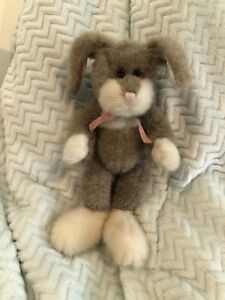 """Boyds Bears Stanley R. Hare #5201 1992 12"""" Plush Taupe & White Bunny RARE"""