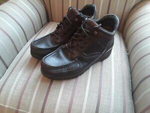 Rockport xcs boots size 9