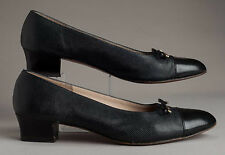 Salvatore Ferragamo Black Leather Embossed Cap Toe Heels with Gold Bow Size 9 AA