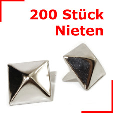 200 Stück !! Pyramiden Nieten 13x13mm SILBER / 2-PIN Pyramidennieten Ziernieten