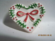 VINTAGE 1940'S/50'S WHITE HEART W/ RED & GREEN RIBBON ACCENT CELLULOID BUTTON