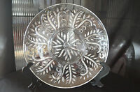 Beautiful Vintage 11-1/2 Inch 4 Section Cut Glass With Leaf And Dot serving Tray