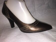 Sofft Dark Brown Patent Leather Size 10 M