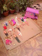 Lotto Barbie dagli anni 60 a 90 action figures ed altro