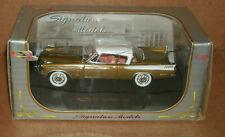 1/32 Scale 1957 Studebaker Golden Hawk Diecast Car - Signature Models 32399 Gold