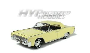 ROAD SIGNATURE 1:18 1961 LINCOLN CONTINENTAL DIE-CAST YELLOW 20088