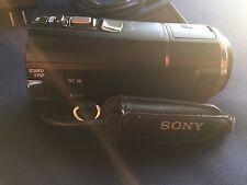 Sony Black Handycam HDR‑CX580V 20.4MP HD - GPS - 5.1CH Mic + 3 batteries