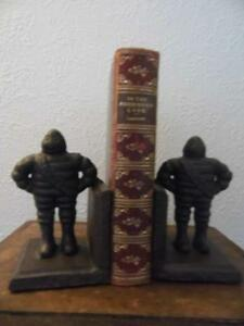 PAIR RETRO VINTAGE CAST IRON MICHELIN MAN BOOK ENDS DISPLAY STORAGE GIFTWARE FAB