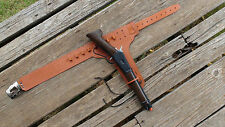 WANTED DEAD or ALIVE WILDCAT Clicker Toy Rifle Gun & Holster