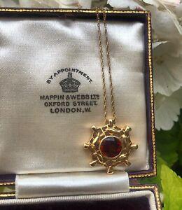 9ct Gold Unique Special Cut Garnet Pendant & Chain Necklace