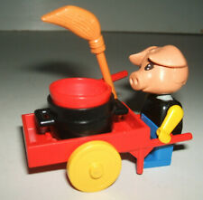 Lego Fabuland 3784 - Hugo Hog Tinker with His Cart - 1982