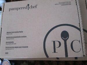NIB Pampered Chef Glazed Stoneware Medium Entertaining Platter - MADE IN USA