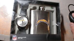 SAN DIEGO CHARGERS FOOTBALL WATCH FLASK GAME TIME GIFT SET NIB MENS