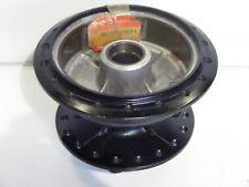 moyeu roue arrière  SUZUKI TS 125 1992-99    piece origine   ref: 64110-38001