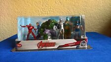 MARVEL AVENGERS AND SET OF 6 FIGURINES BRAND NEW SEALED