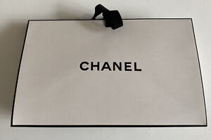 EMPTY CHANEL WHITE TIE UP BAG/BOX SMALL (L22 X H14 X D8)+ TISSUE PAPER + RIBBON