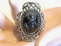 FANCY VINTAGE WHITING & AND DAVIS BLACK GLASS ROSE FLOWER CAMEO ADJUSTABLE RING